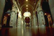 Bernini: Piloni della navata Basilica di S. Pietro
