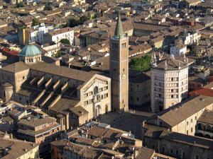 Duomo e Battistero di Parma.jpg