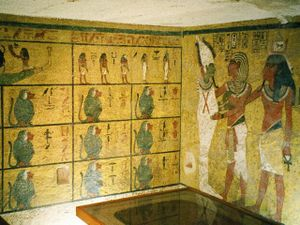 Tomba di Tutankhamon: Le pareti della camera di sepoltura.